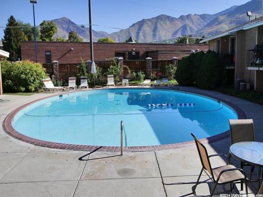 Community pool (opens Memorial Day!)