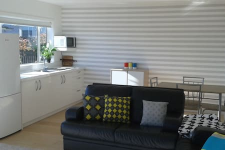 Best Of All Worlds self contained aprtment - Taupo - Apartamento