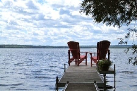 Beautiful House/Cottage On Lake Simcoe - Cottage