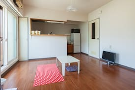 Good location/Clean, Spacious room