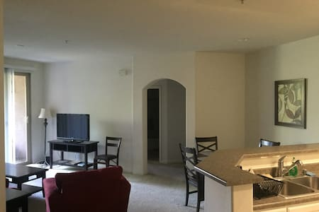 2BR apartment in beach community