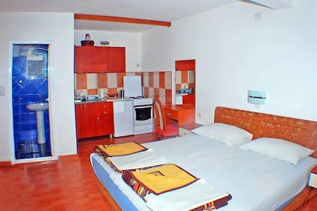 5.  Nice apartment in Budva - Budva