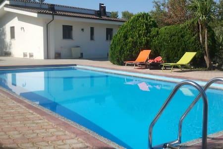 Villa Gaby con piscina Specchia Salento - Specchia  (Lecce) - Villa
