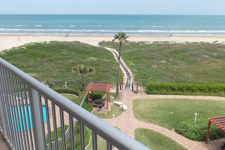 AQUARIUS 407 BEACHFRONT PARADISE - Daire