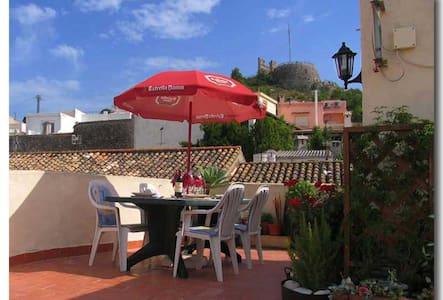 Oliva townhouse - Double bedsit - Oliva - House