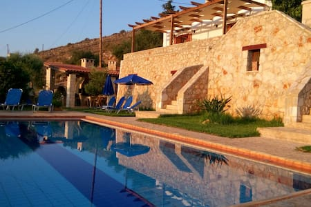 Dafni Traditional Cretan home - House