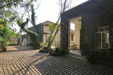 10-A Mist View, 4BHK, with a garden - Villa