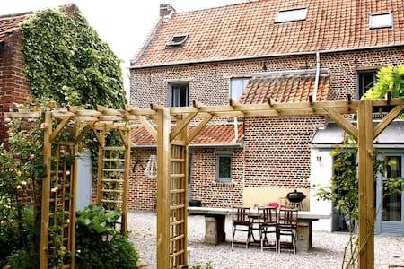 Chambre(s) dans maison de charme proche de Lille - Ev