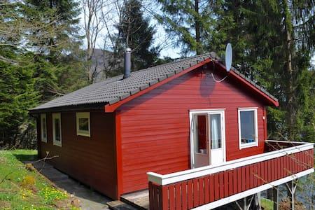 Cabin by Hardanger Fjord - Cabana