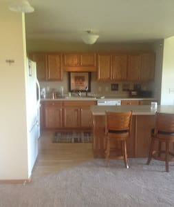Ryder cup accomidations 2 bedroom Condo. - Apartment