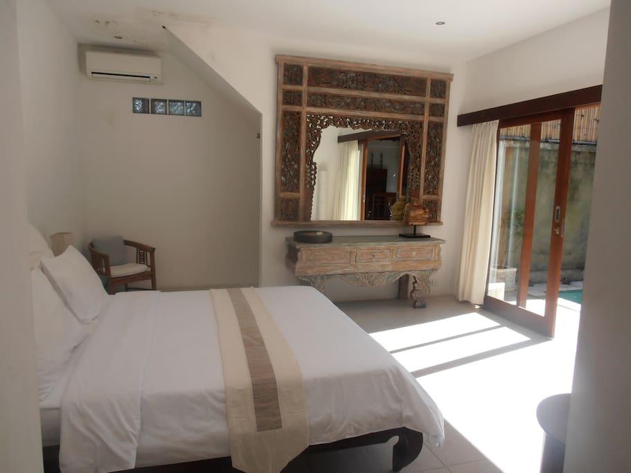 Villa Congo, 2 bedrooms villa with Private pool in heart of Seminyak BALI