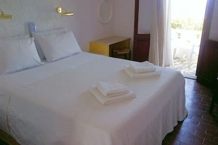 Quiet rooms with amazing seaview - Bed & Breakfast