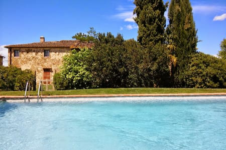 Apartment with pool in Chianti - Villa