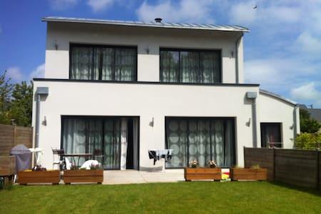 Chambre privée entrée indépendante maison - 3 pers - Bayeux