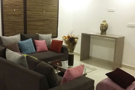 SERVICE APARTMENTS FOR PARTY