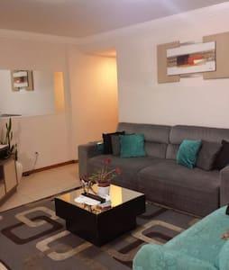 Conforto e hospitalidade 1Q. - Wohnung