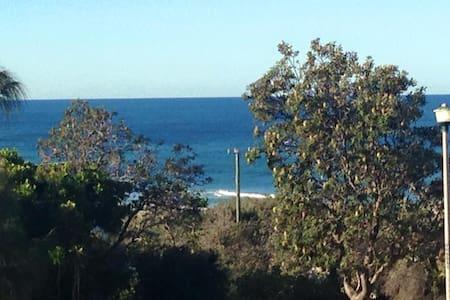 Cosy Surf Beach Luxury House