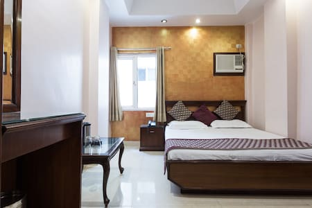 Deluxe Room@NewDelhiRailwayStation. - New Delhi