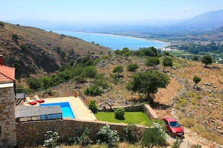 Experience villas Chrysa sea views