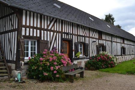 Longère normande 3* - Le Gros-Theil - House