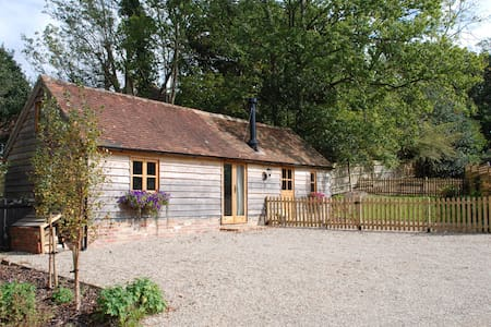 Cuckoo Barn - perfect hideaway - Heathfield - Casa