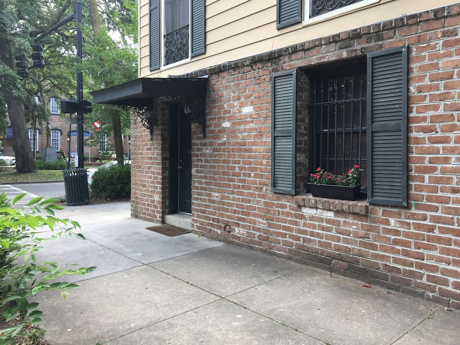Apartment Door, Walk Right in Off The Sidewalk. Private entrance on side of main house