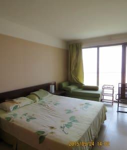 躺在床上看日出的无敌海景房 - Qinhuangdao Shi