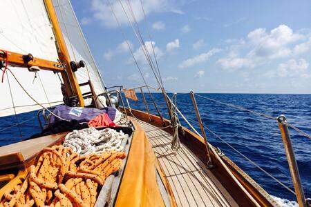 Charming sailing boat in Rome - Lido di Ostia