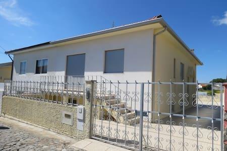 Maison de vacances T5 au Portugal - Haus
