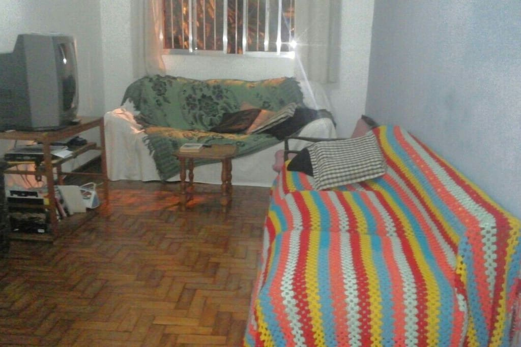 Jardins: Private small & light room
