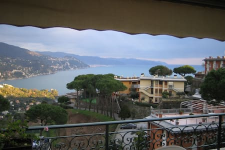 Flat with spectacular view in Rapallo - Wohnung