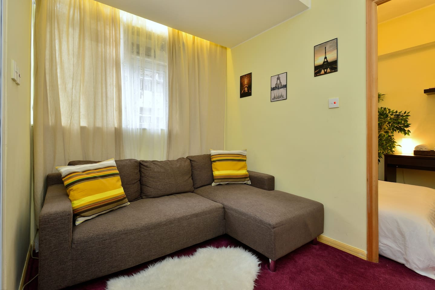 Very cozy and spacious Apartment for a wonderful stay, plenty of sun lights everywhere