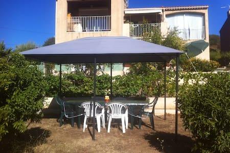 Superbe T2 de 55m2 dans villa - Santa-Reparata-Di-Balagna - Apartment
