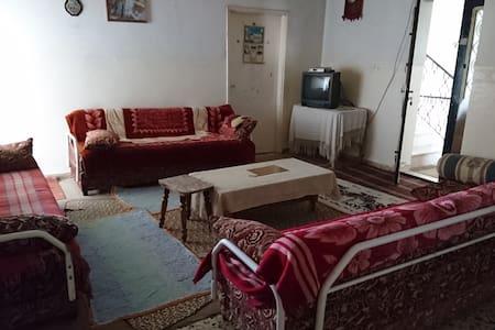Halhul Natural - House