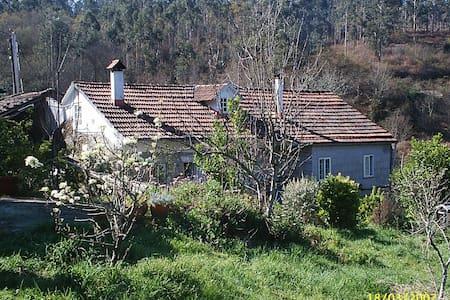 Valderrodas Ecovillage in Galicia - Casa
