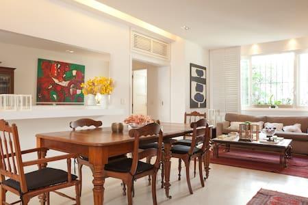 Apartamento de luxo - Lagoa Rodrigo de Freitas - Pis