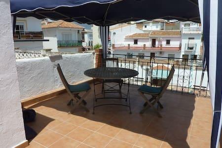 Malaga district budget holiday home - Haus
