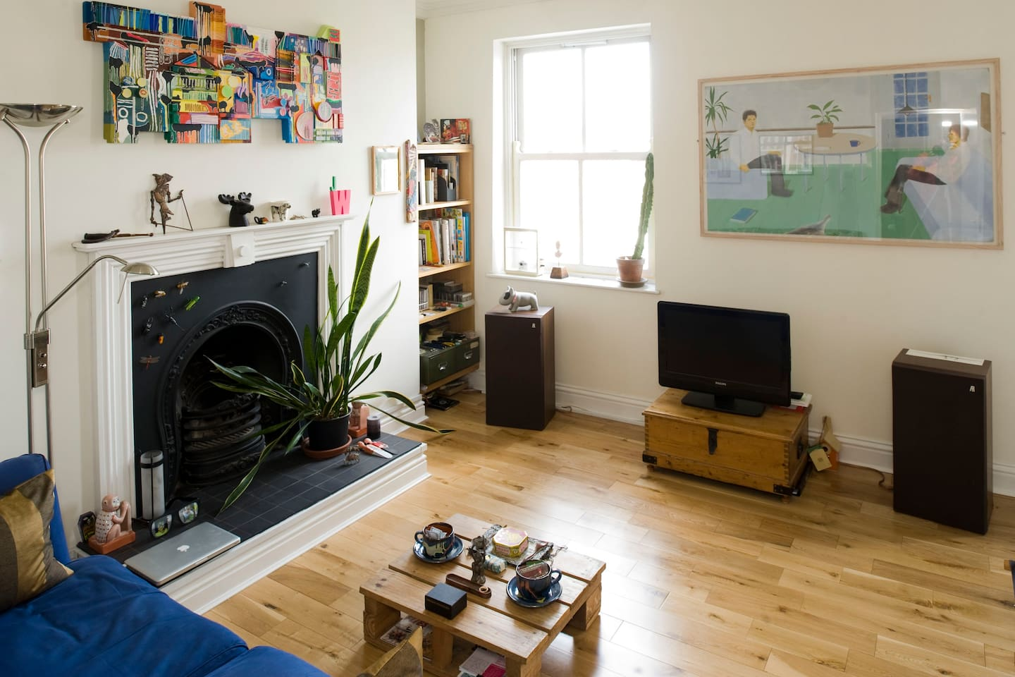 main front room - (if you stay long enough, you end up replacing the two figures in the painting)