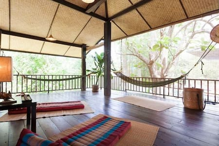 Nature Escape - 10 mins from the old city - Chiang Mai Thailand - House