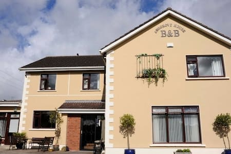 Ashgrove House B&B - Bed & Breakfast