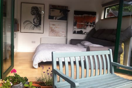 Dublin Central/Apt/for 3/airport 15