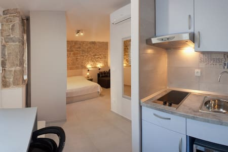 Andrijana Studio Apartment Old Town 1 - Split - Apartment
