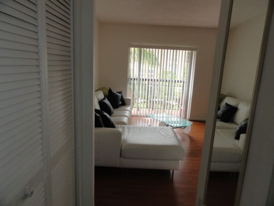 Rent Apt 1/1Salem House Full Furn 1