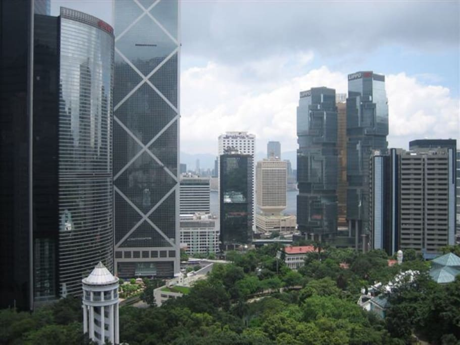 Hong Kong Park within our reach: both greenery and modern architecture