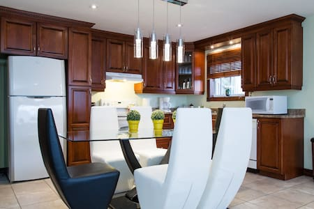 Beautiful condo at the waterside! - Appartement