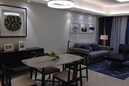 舒适豪华看海的酒店式公寓,近地铁站 - Shenzhen - Apartment