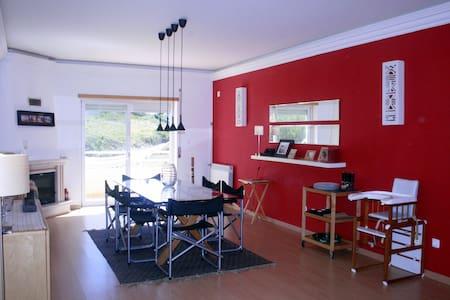 São Julião Beach- family house - Apartment