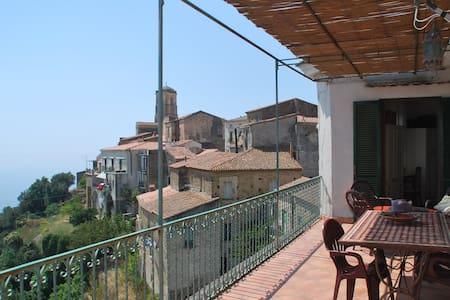 Accogliente casa,terrazzo panoramic - Pollica - Rumah