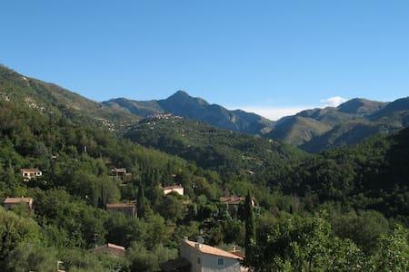 Dejlig villa tæt på Nice og Monaco - Talo