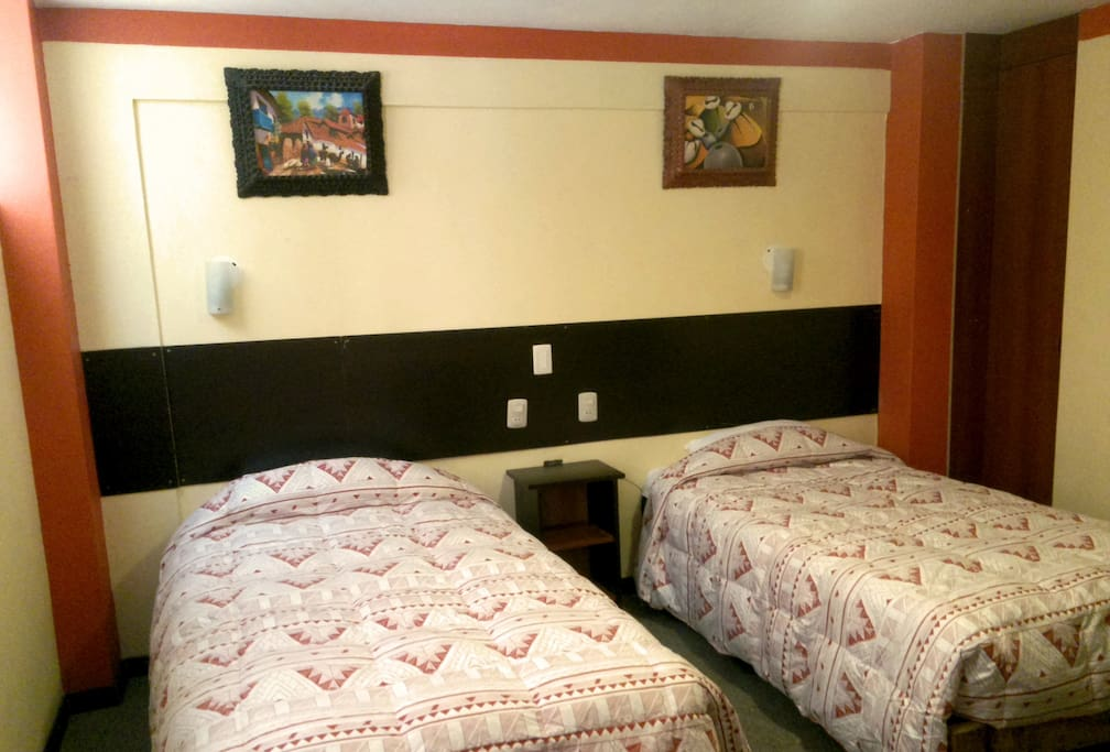 NEW TWIN ROOM